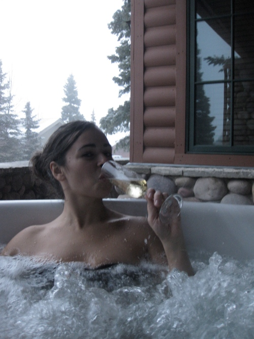 Yours Truly was satisfied with some Perrier-Jouet and a bubbling hot tub