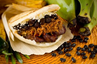 my favorite arepa, de pabellon