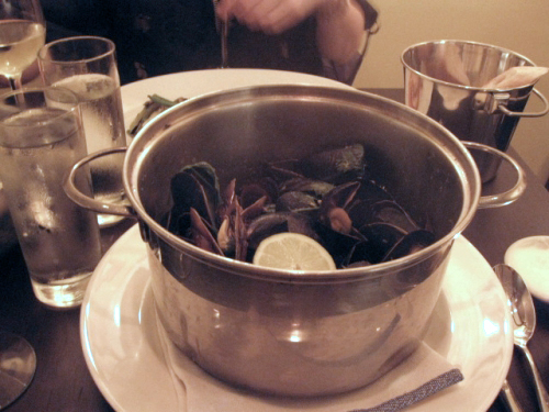 The Thai Mussels at Flex