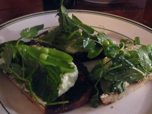 grilled country bread with ricotta, peas, mint, arugula