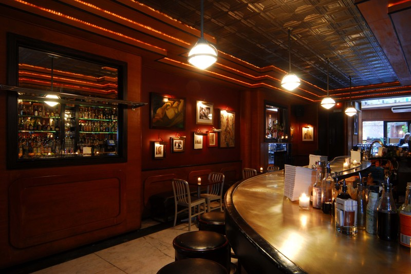 New york bars at first bite for Intranet interior